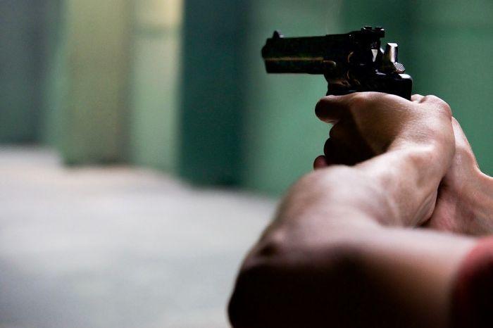 - Выстрелов было 6 – новороссиец, в которого стреляли, пришёл в себя