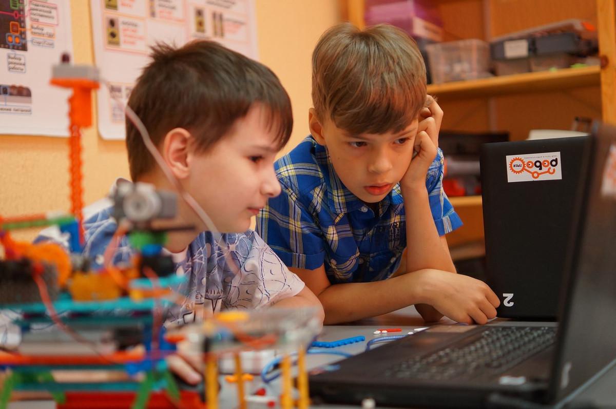В Новороссийске есть школа повелителей роботов