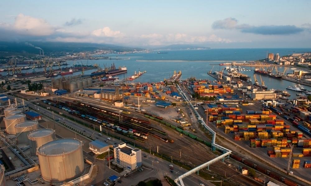 Сегодня на международной выставке логисты хвалили новороссийский порт и железную дорогу