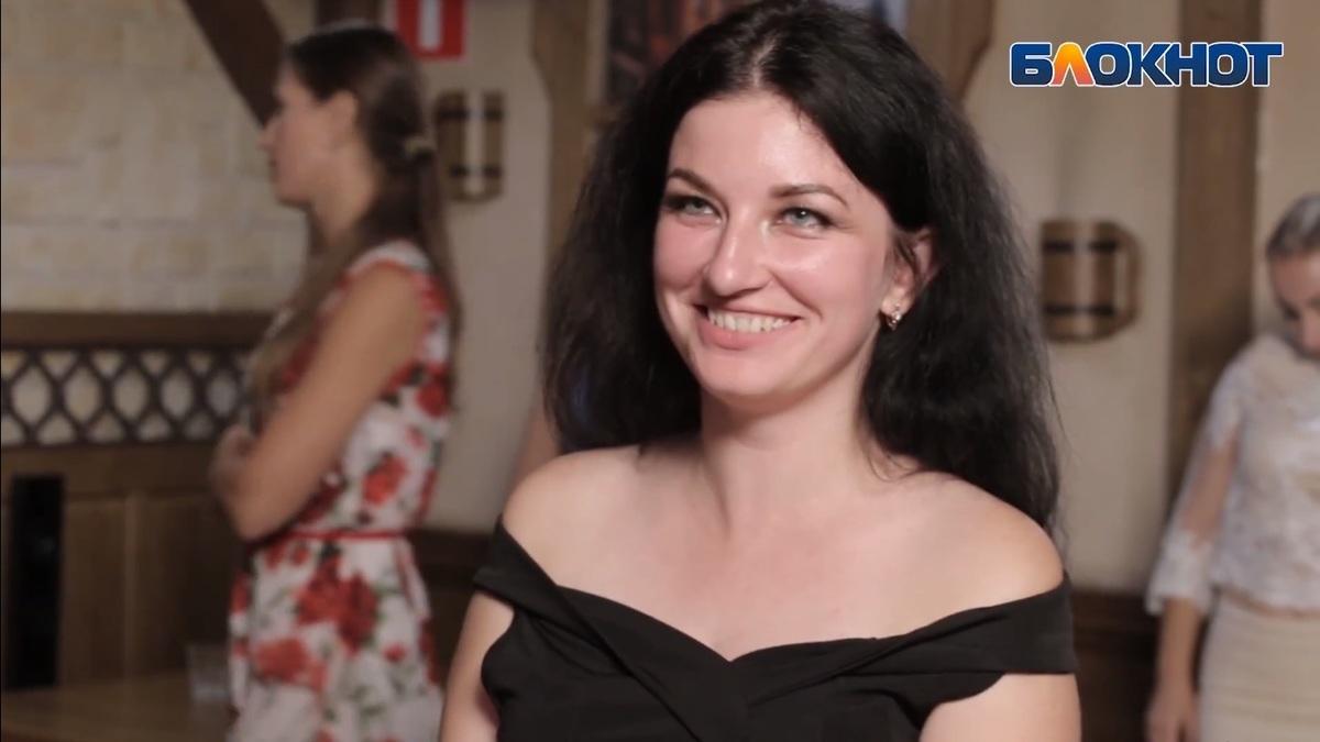 «Ходят слухи, что это – кулебяка», - Вера Шикора о своём блюде на кулинарном этапе конкурса «Мисс Блокнот»