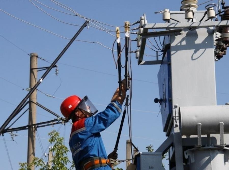 В трех районах Новороссийска отключат электричество