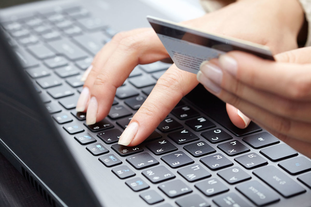 Мошенники обманывают новороссийцев через интернет