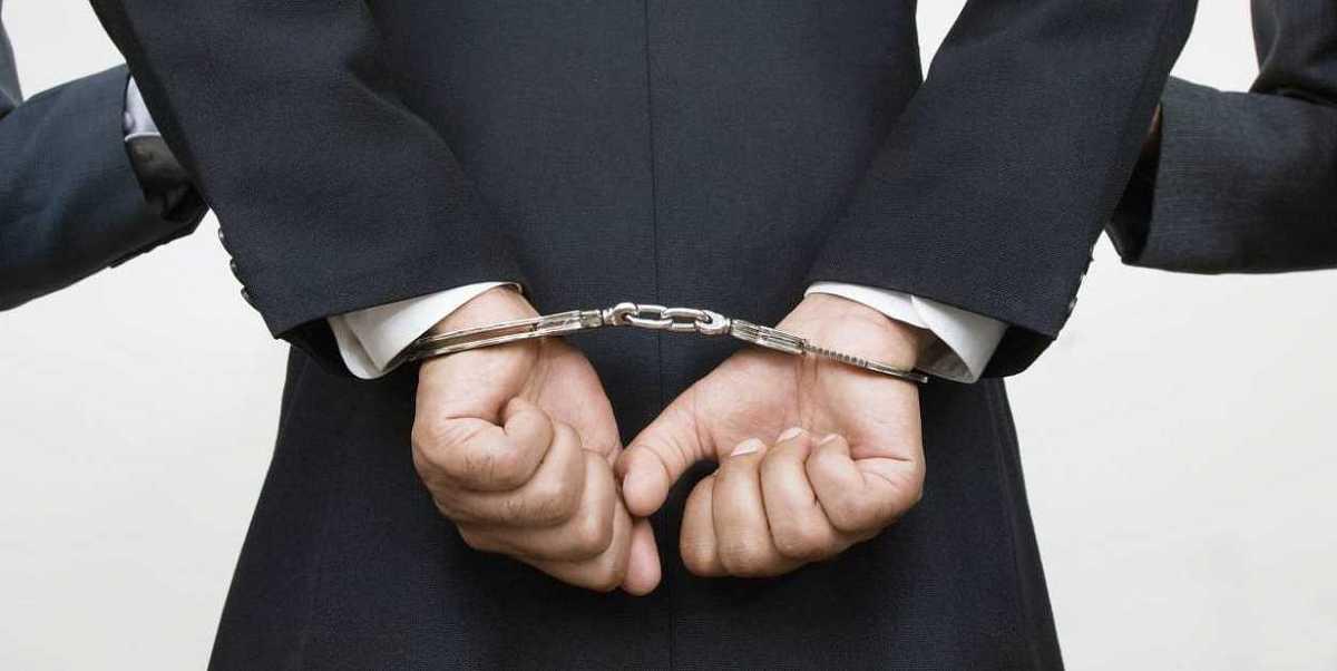 Чиновник из Новороссийска попался на взятке