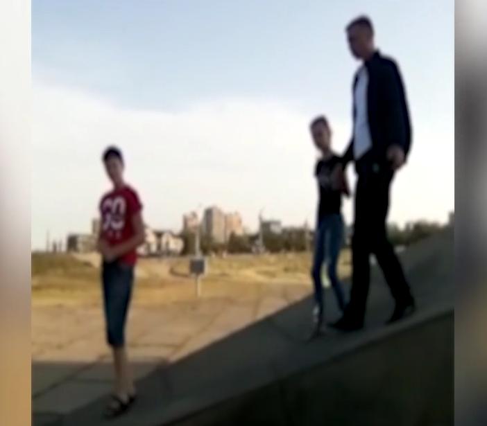 Новороссиец помешал целой семье ходить по мемориалу «Малая Земля»