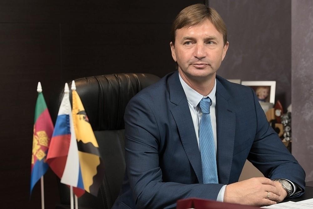 Депутат Виталий Бут рассказал новороссийцам, как добиться благоустройства дворов