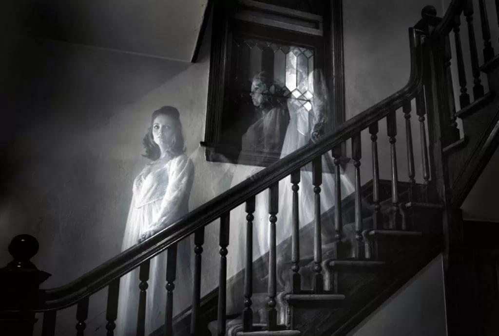 Ученые раскрыли тайну приведений в домах и квартирах