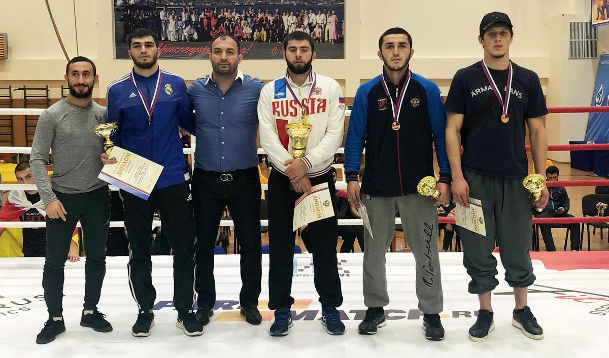 Новороссийские борцы по ММА поедут на Чемпионат Мира