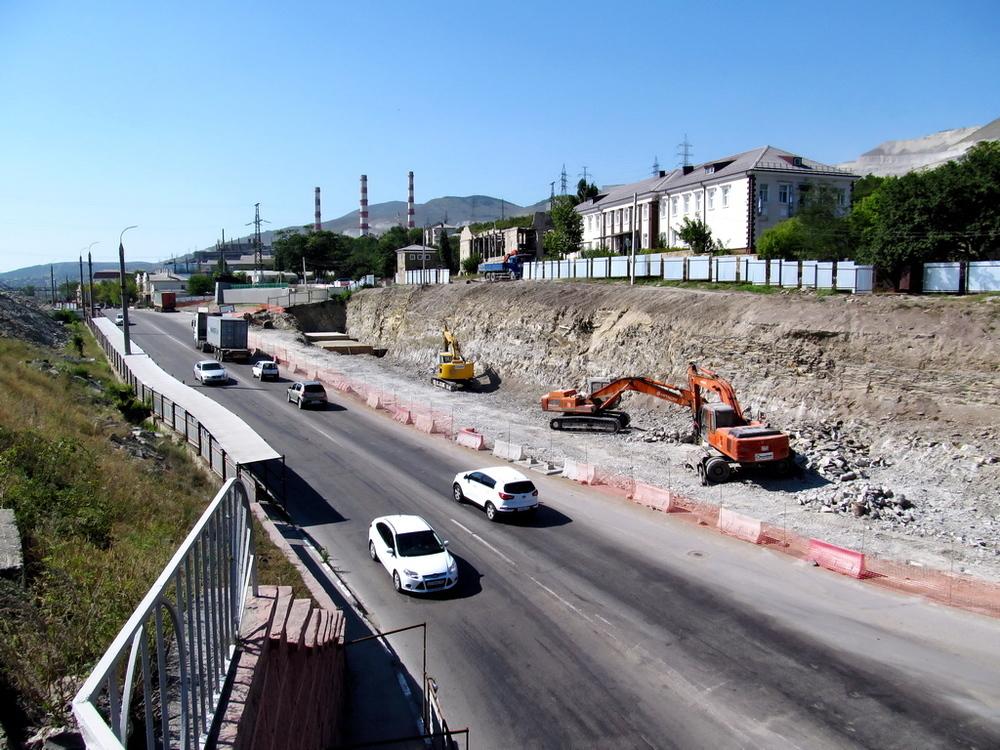 Новый подрядчик обещает достроить нормальную дорожную развязку по Сухумскому шоссе Новороссийска